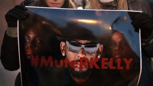 R. Kelly Has Officially Been Indicted On 10 Counts Of Child Abuse