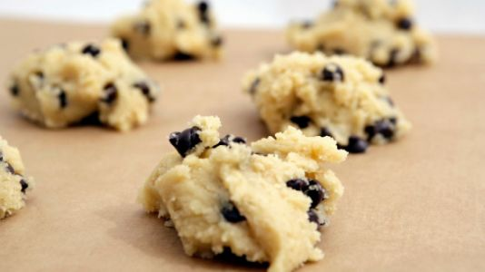 CDC Warns Against Eating Raw Cookie Dough Because We Can't Have Nice Things