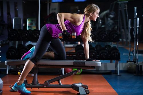 Are You Making These Common Mistakes When You Do Triceps Kickbacks?