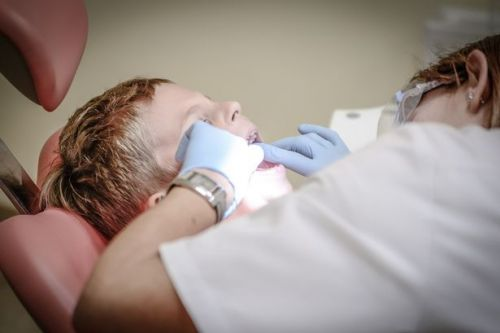 Wales' NHS dentist crisis laid bare: Practices full; Dentists refusing child patients; Change needed