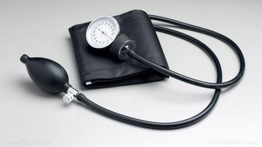 Control your blood pressure naturally with these low-glycemic foods