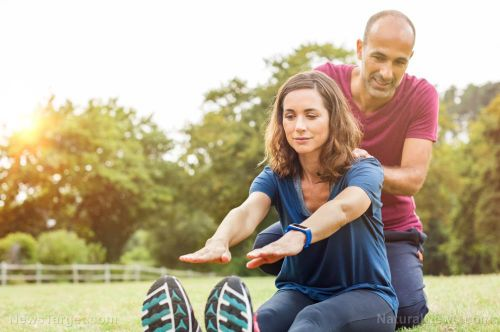 Slow down and breathe: Low impact cardio exercises help relieve chronic pain in your knees and lower back