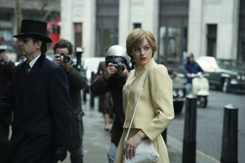 The First Pics Of Emma Corwin As Princess Diana In 'The Crown' Are Here