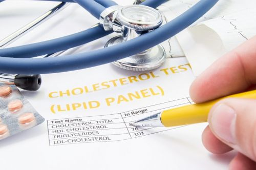 Review finds link between selenium and some cholesterol-lowering benefits