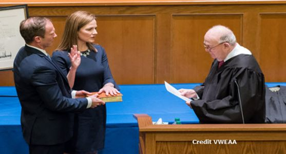 Report: Trump Picks Amy Coney Barrett for Court