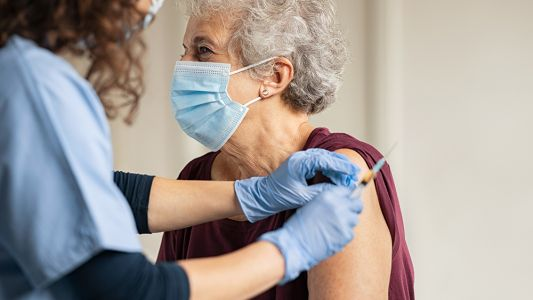 Coronavirus outbreak ensues following vaccination of residents at nursing home