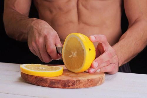 Can Vitamin C Help You Hold On to Muscle as You Age?