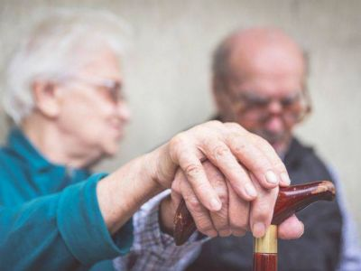 Healthier living could reduce worldwide dementia by a third, report says