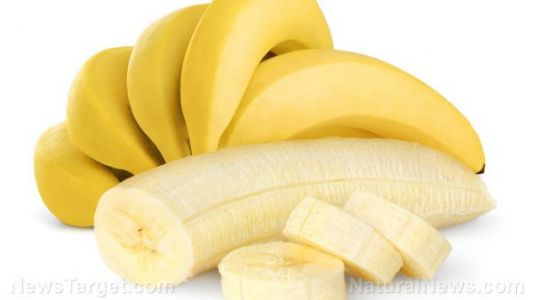 Japanese farmers create edible and fully digestible banana skin
