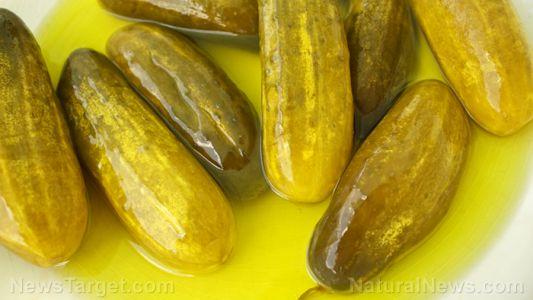 Crunchy, tangy and good for your gut: 4 Health benefits of pickles, a fermented food