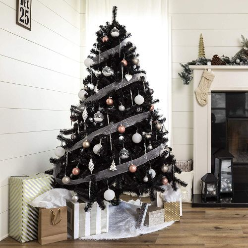 Ditch Tradition And Go Full Goth This Year With A Chic Black Christmas Tree