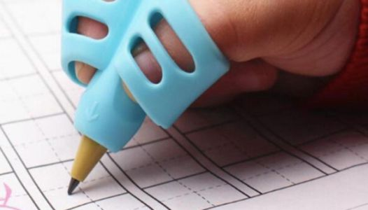 These Handwriting Tools Teach Your Kid How To Hold A Pencil Correctly