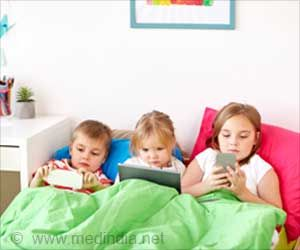 Simple Tips to Help Families Handle and Navigate the Digital World