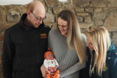 Phone call captures moment woman gave birth when she hadn't realised she was pregnant