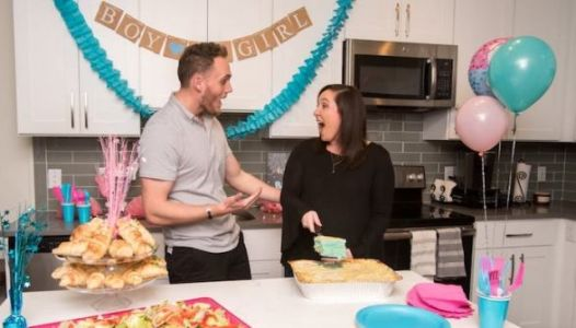 This 'Gender Reveal' Lasagna Proves The Trend Must Die