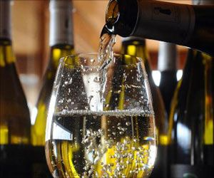 Alcohol Use Ups Miscarriage Risk