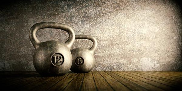 Swing it! 5 Benefits to get you started with kettlebell training (plus, how to properly pull off a great swing)