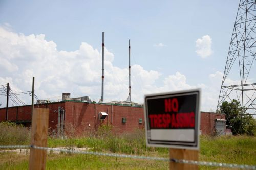 Residents, Leaders 'Shocked' by Toxic Air Report