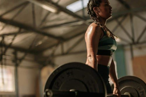 Conventional Deadlifts vs. Romanian Deadlifts: Which Activate the Glutes More?