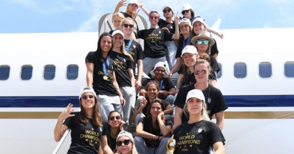 The USWNT Is Coming Home And The Photos Will Make You Feel Things