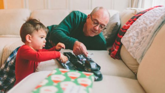 I Gave My Hard-To-Buy-For Dad AncestryDNA, And Here's What Happened