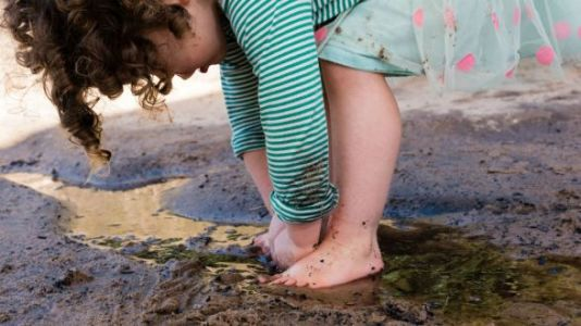 Dirt, Worms, and Mud Are Good For Babies and Kids
