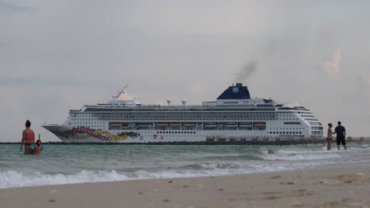 This Cruise Line Is Giving Away Free Trips To Teachers
