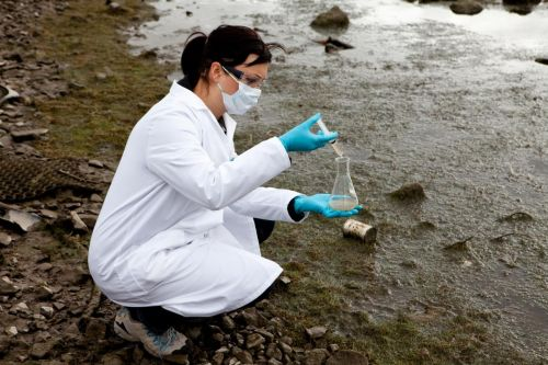 What is that in the water? Researchers have developed a simple way to trace contamination