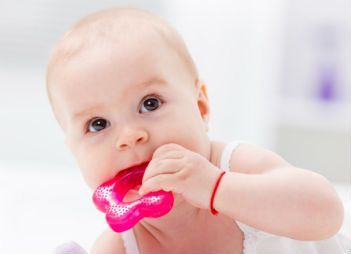Can teething actually cause a rash?