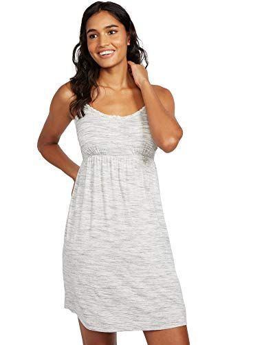 Here Are Some Cozy And Convenient Nursing Pajamas & Gowns