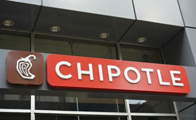 Chipotle customers report illnesses; one location closed