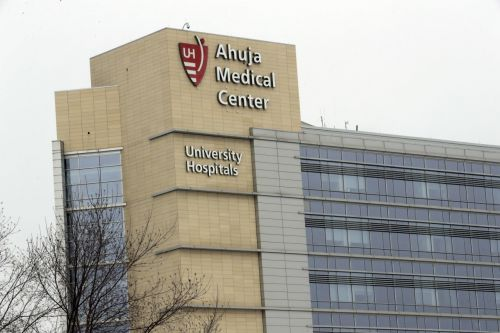 Family learns frozen embryos inviable months after UH said they were safe