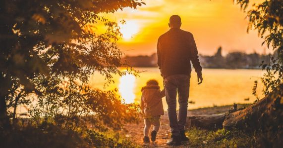 100+ Positive Single Parent Quotes On Love, Dedication, And Strength