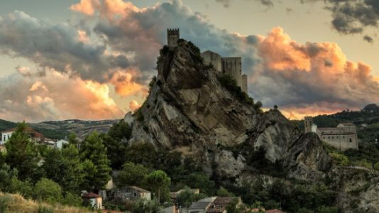 You Can Rent This Entire Castle In Italy For $100