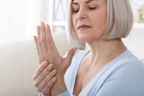 Joint Effusion Protective in Hand OA
