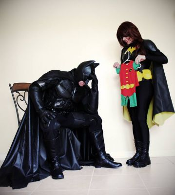 Couple Gives Their Pregnancy Announcement The Superhero Treatment
