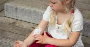 Pediatric atopic dermatitis associated with chronic school absenteeism