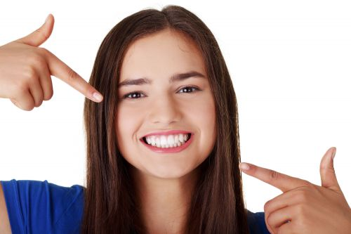 Seven Things That Can Clean Your Teeth