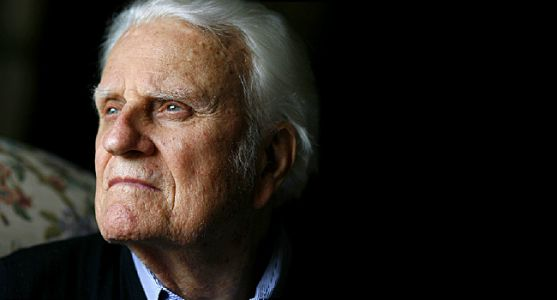 Billy Graham, 'America's Pastor' Dies at 99