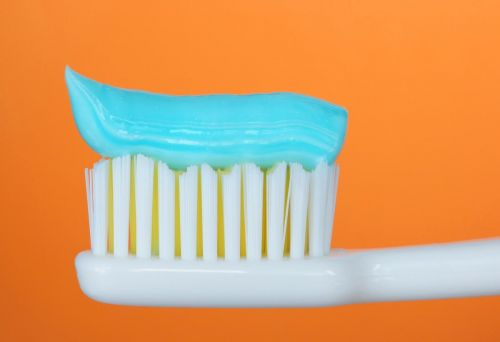 Child health warning: Young children are using dangerous amounts of fluoride toothpaste