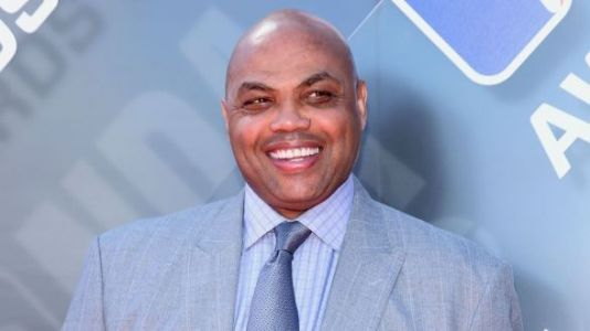 Daughter's Story Of Dad's Friendship With Charles Barkley Is Making Everyone Sob
