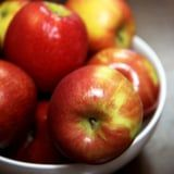 I Ate 1 Apple Every Day For 2 Weeks, and This Is What Happened