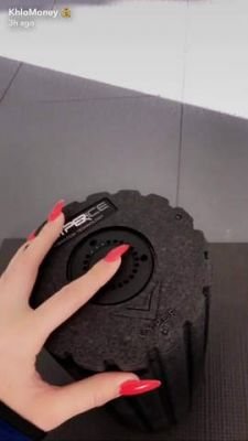 This Is the Vibrating Foam Roller Khloé Kardashian Swears By
