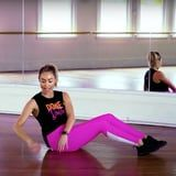 """ABBA Fans Will Love This 3-Minute Ab and Glute Workout to """"Gimme! Gimme! Gimme!"""""""