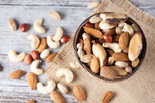 4 Ways Eating Nuts Can Help Control Your Weight