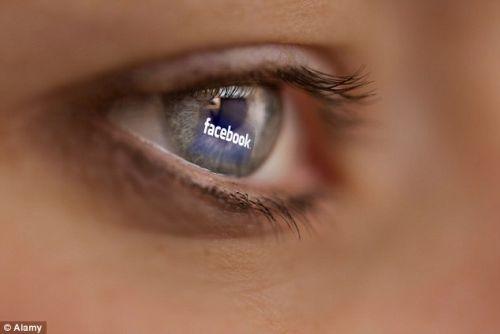 The way you use Facebook may give clues to your mental health, say researchers