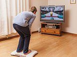 Playing video games like can reduce lower back pain by 30 percent, study reveals