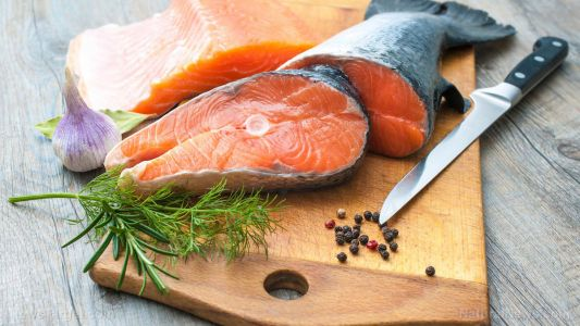 Eating fish once a week cuts risk of sudden cardiac death by half
