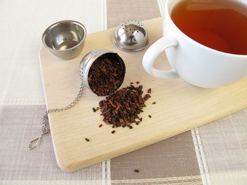 Honeybush tea is a nutrient-rich, antioxidant-filled, heart-healthy drink from South Africa