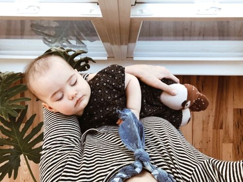 Yes! Sometimes it's OK to wake a baby from a nap